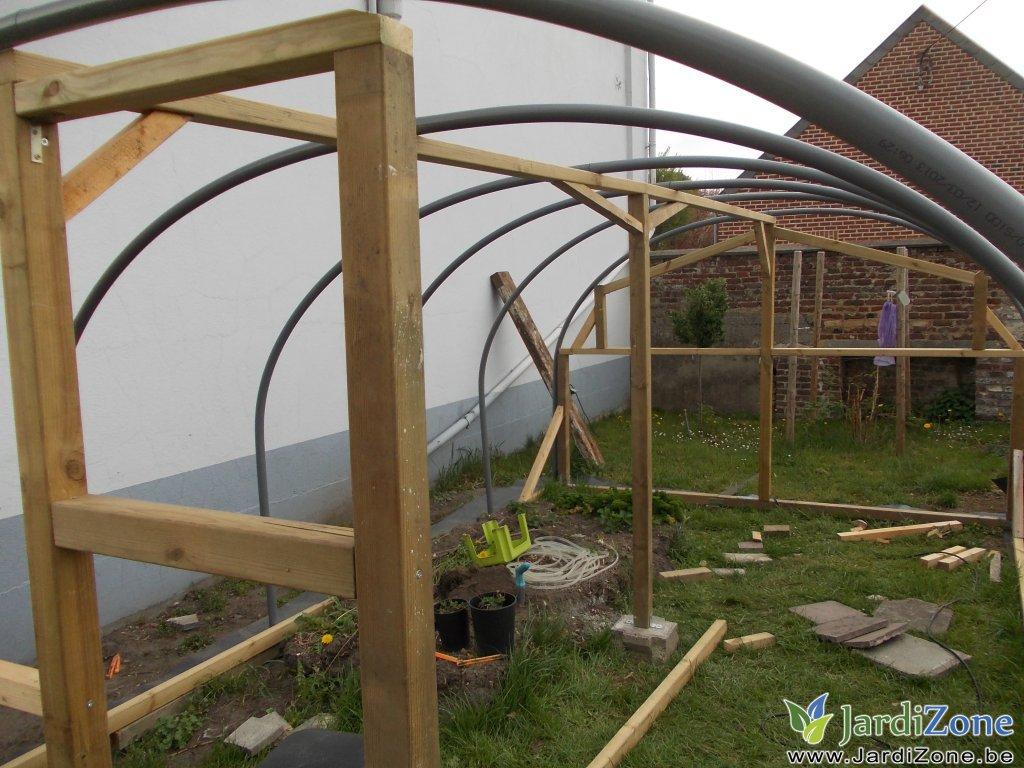 Construire une serre page 2 jardizone for Porte de jardin en pvc