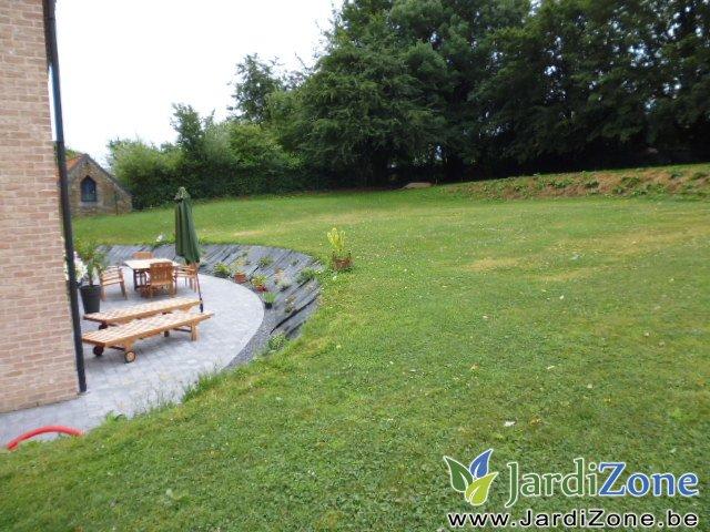 am nagement complet abords et jardin jardizone. Black Bedroom Furniture Sets. Home Design Ideas